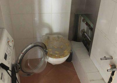 Team Rénovation - Rénovation complète salle de bain et toilettes_Carrelage et peinture - CM_03