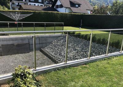 Barrière de jardin – IX